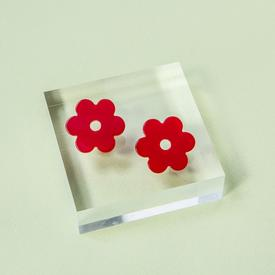 Medium Daisy Earrings - Cherry