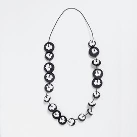 Takara Black and White Circles Necklace BLACK_WHITE