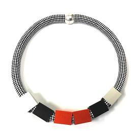 Single Rope Cubes Necklace - Black, White, Red BW_RED