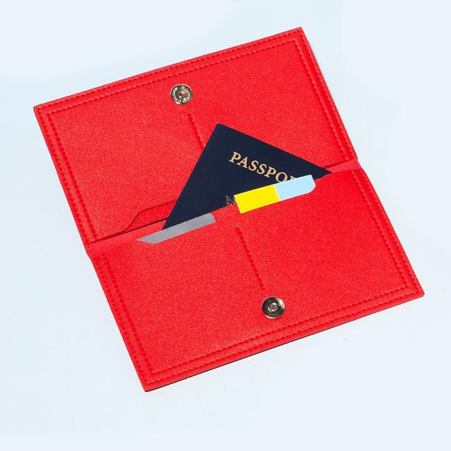 Minimalist Travel Wallet - Red