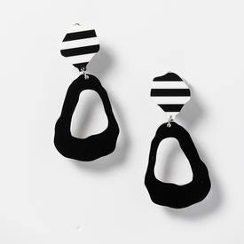 Shafa Clip Earrings - Black BLACK_STRIPE