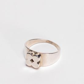 Clover Ring - Sterling Silver STERLING_SILVER
